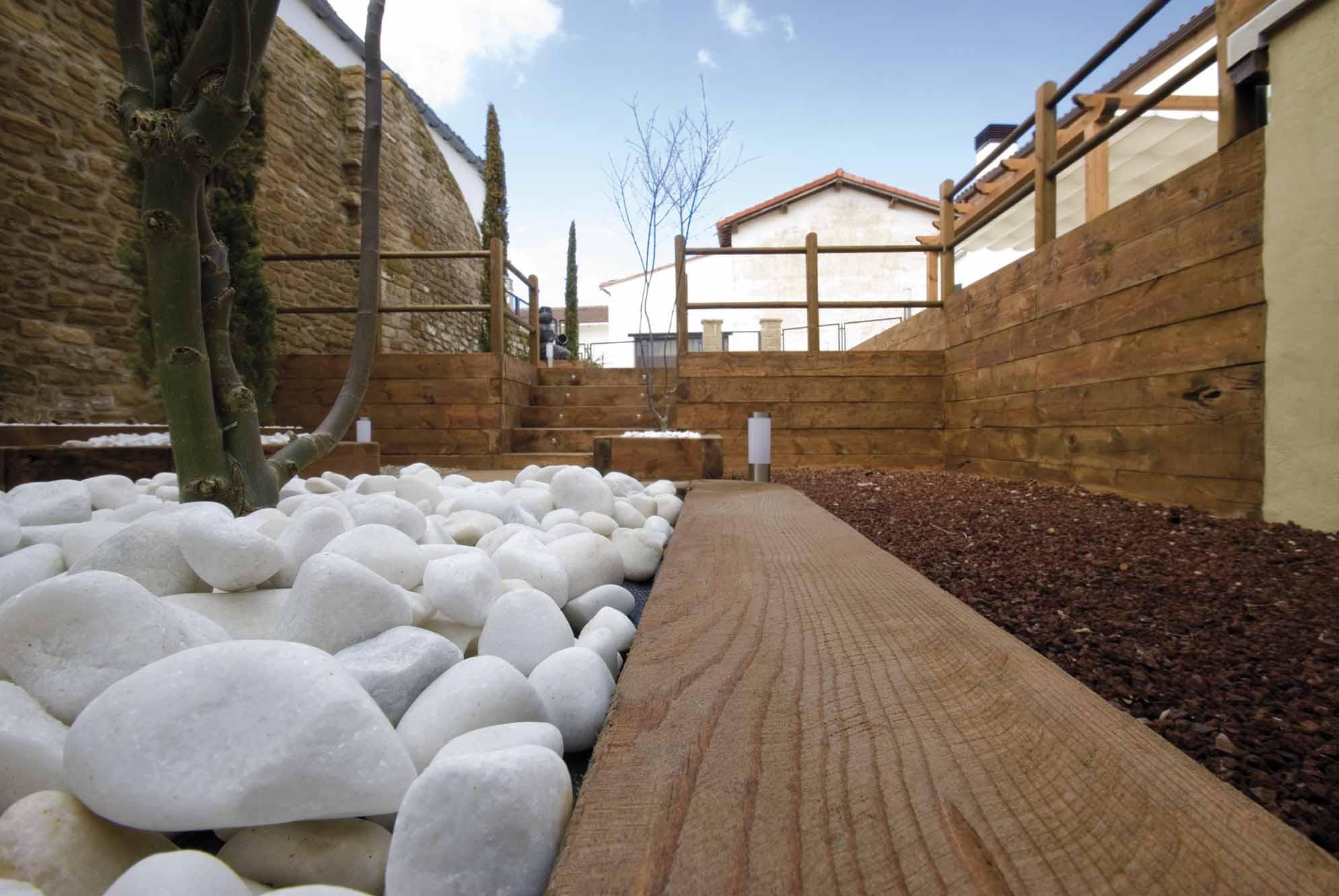 aridos-jardin-bajo-mantenimiento-11