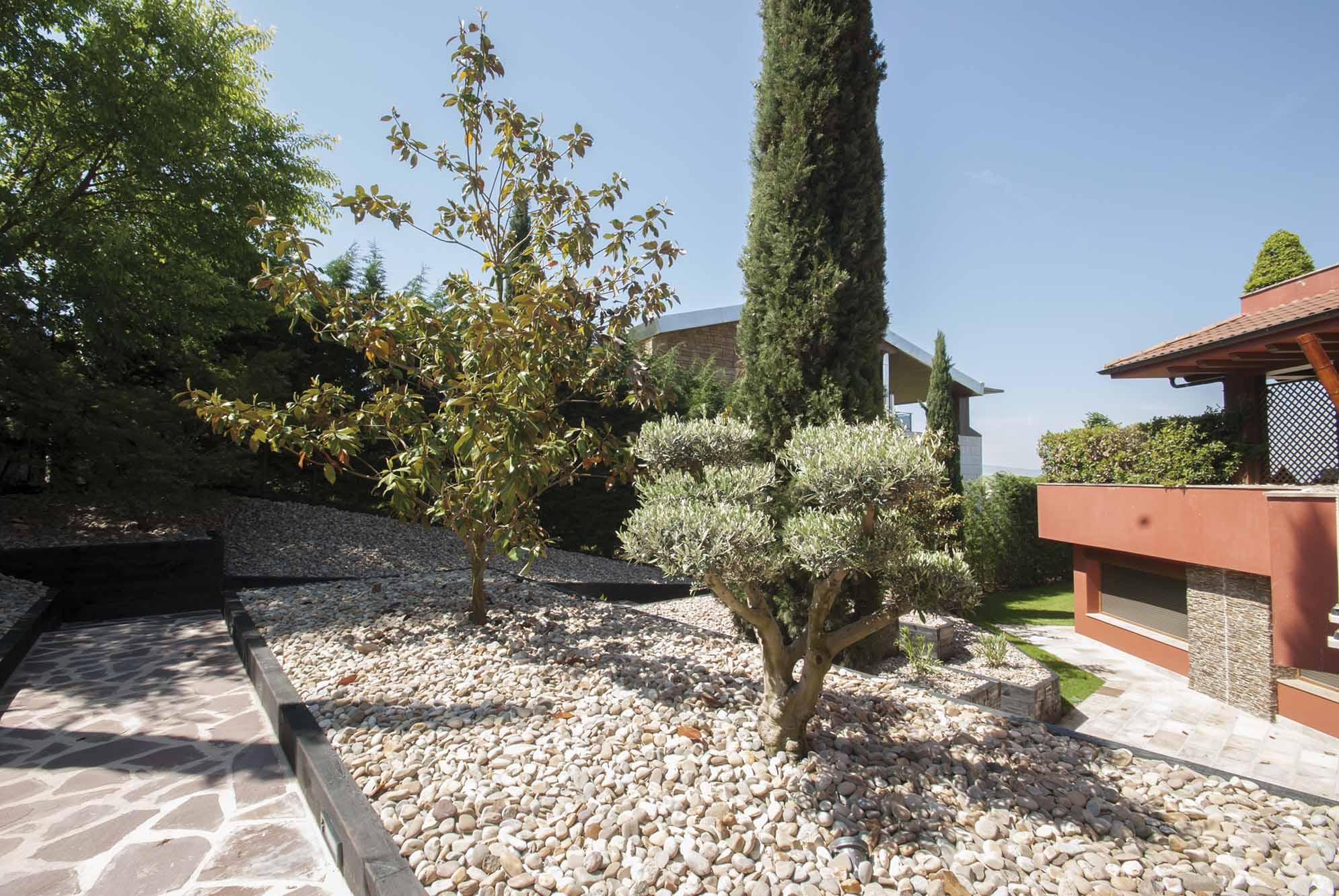 aridos-jardin-bajo-mantenimiento-12