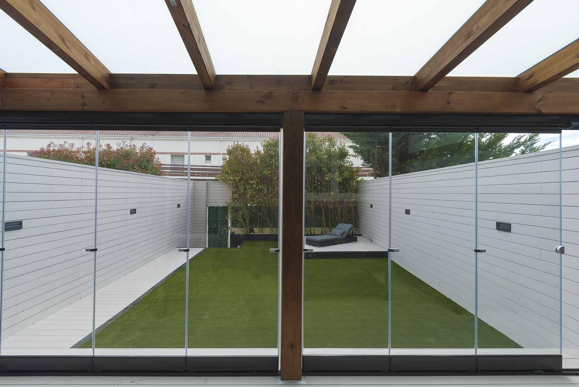 cerramientos-cristal-porches-jardines-aticos-10