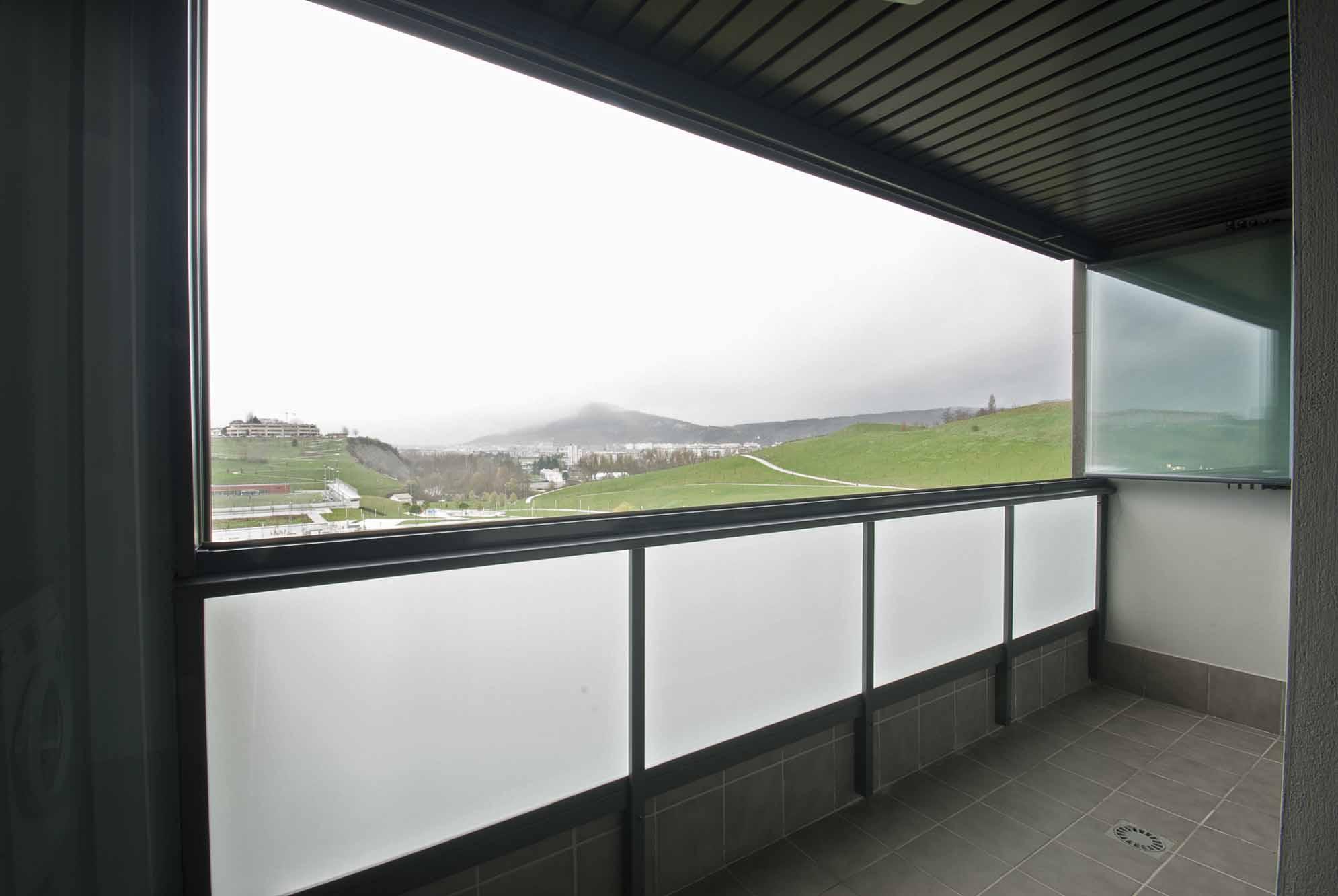 cerramientos-cristal-terrazas-viviendas-navarra-4