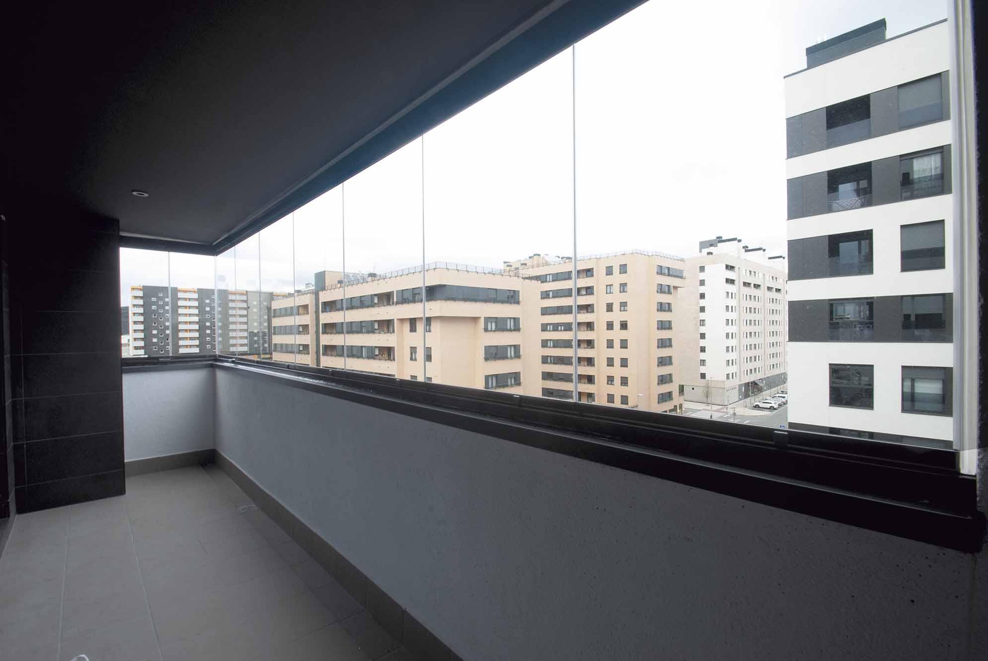 cerramientos-cristal-terrazas-viviendas-navarra-7