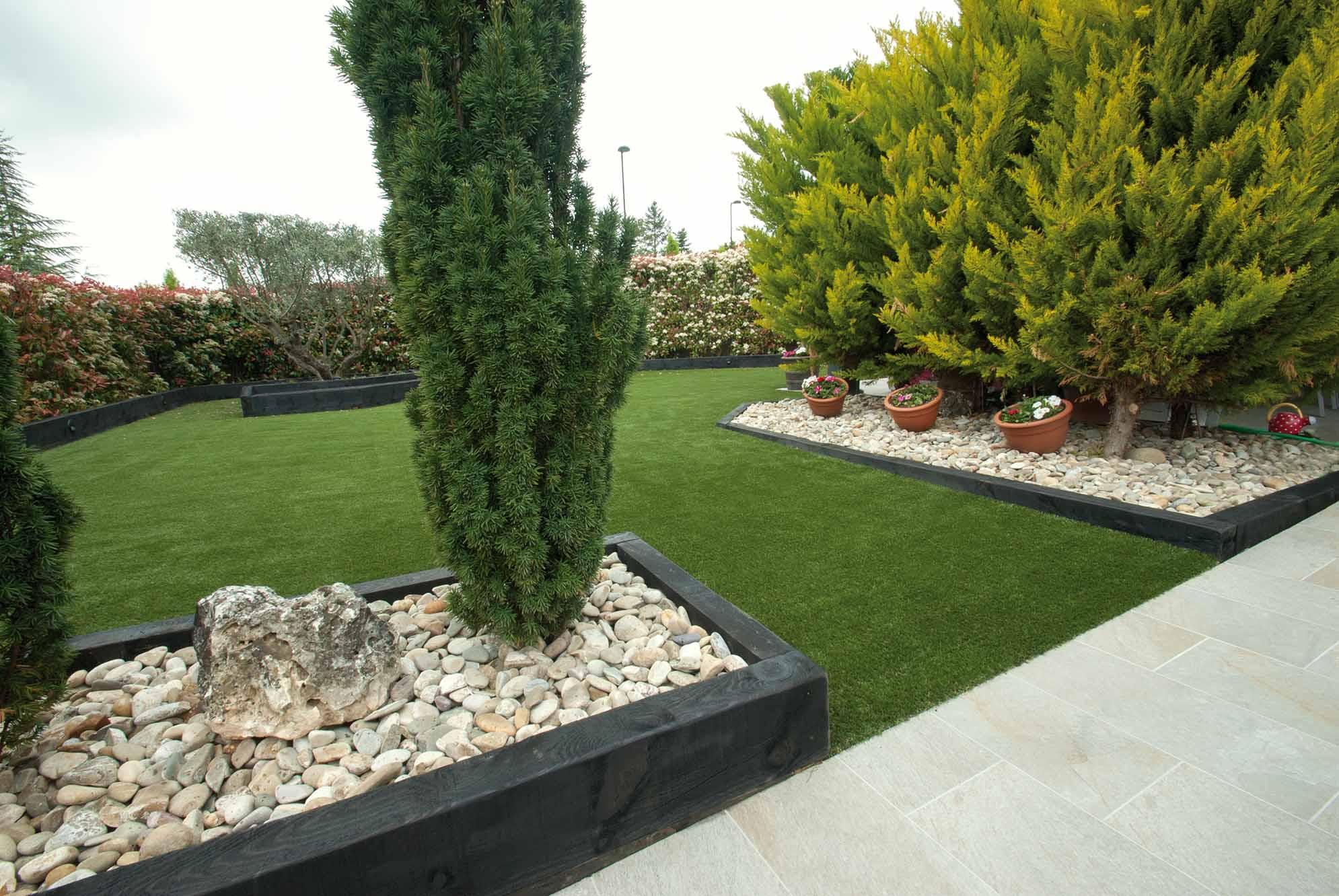 jardin-cesped-artificial-traviesas-aridos2