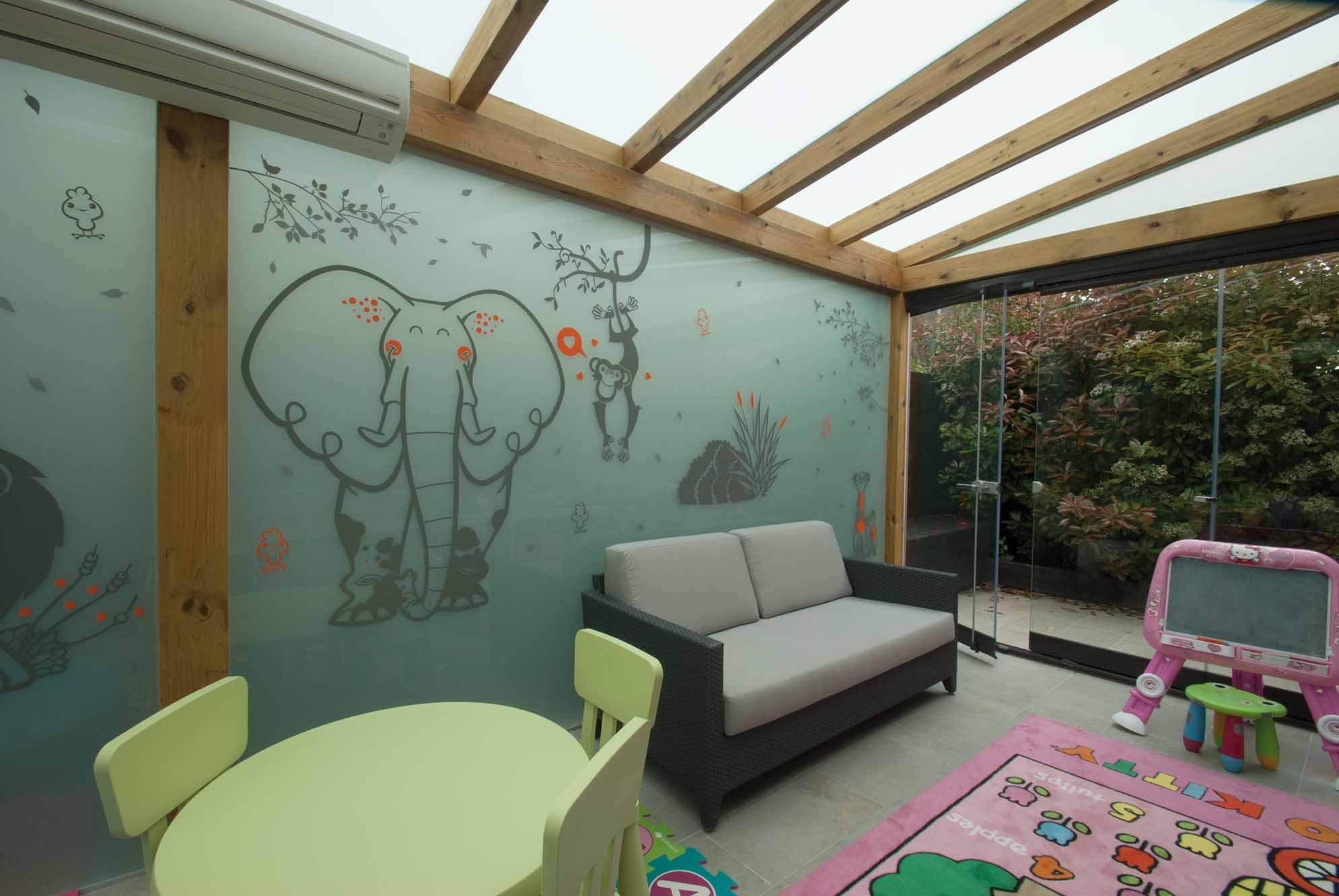 porche-madera-techo-acristalado-lumon2