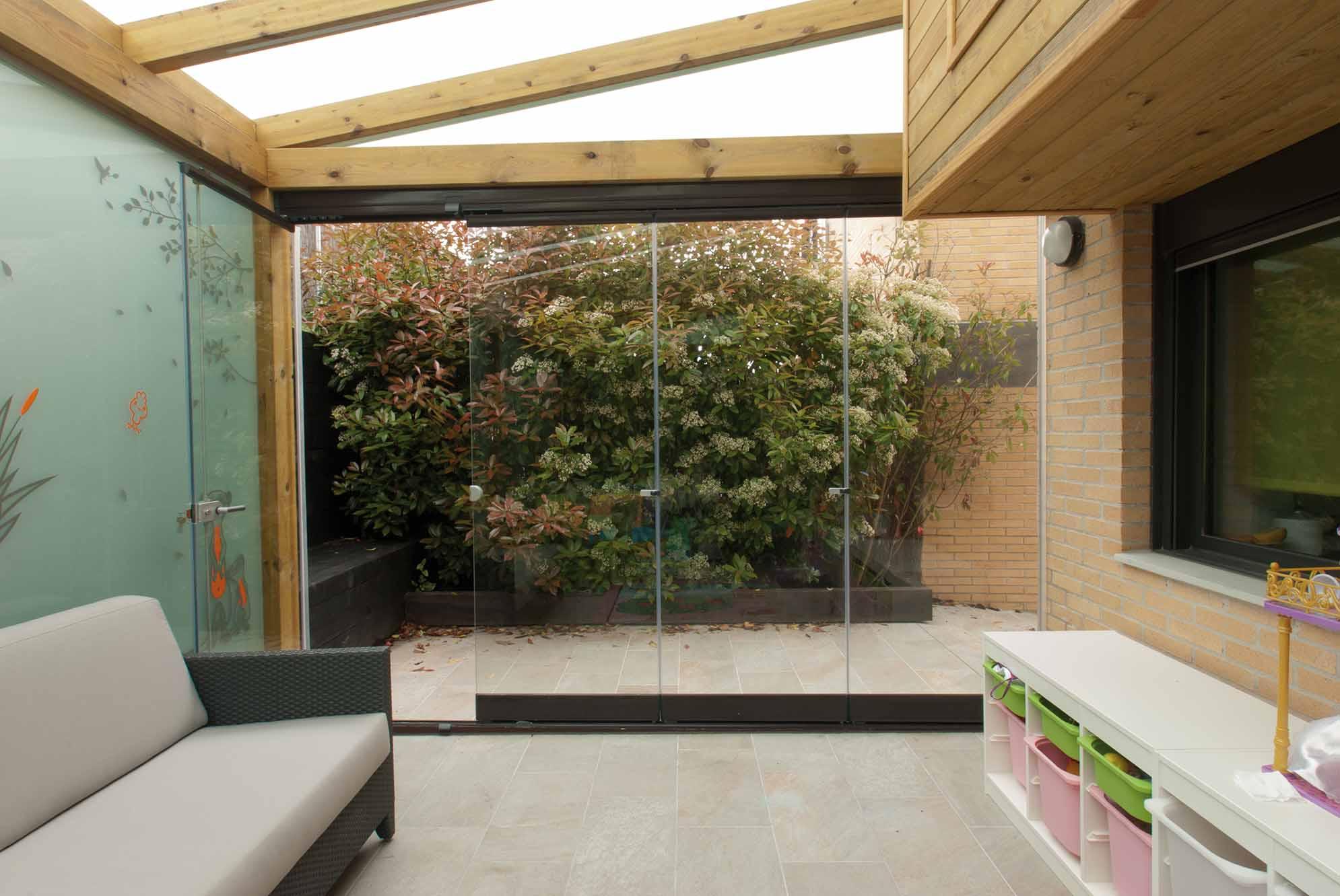 porche-madera-techo-acristalado-lumon4