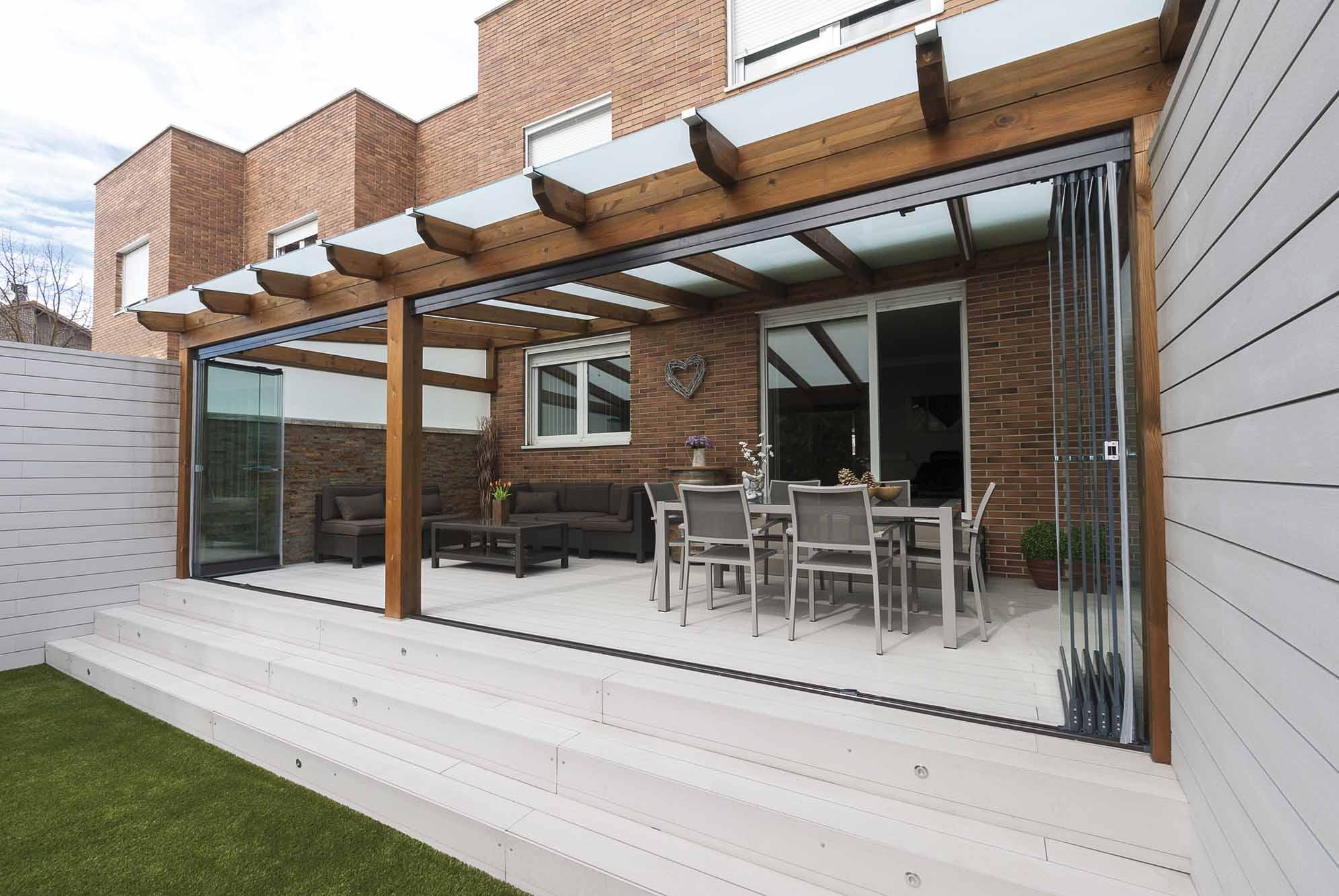 Porches y p rgolas de madera y metalicas proyectos echarri - Porches en madera ...