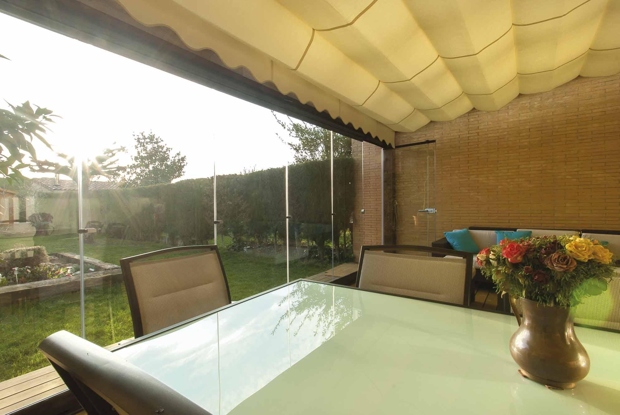 toldos-porche-jardin-exterior-1