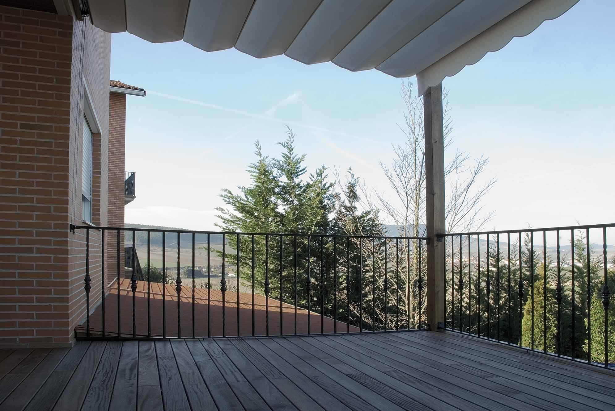 toldos-porche-jardin-exterior-8