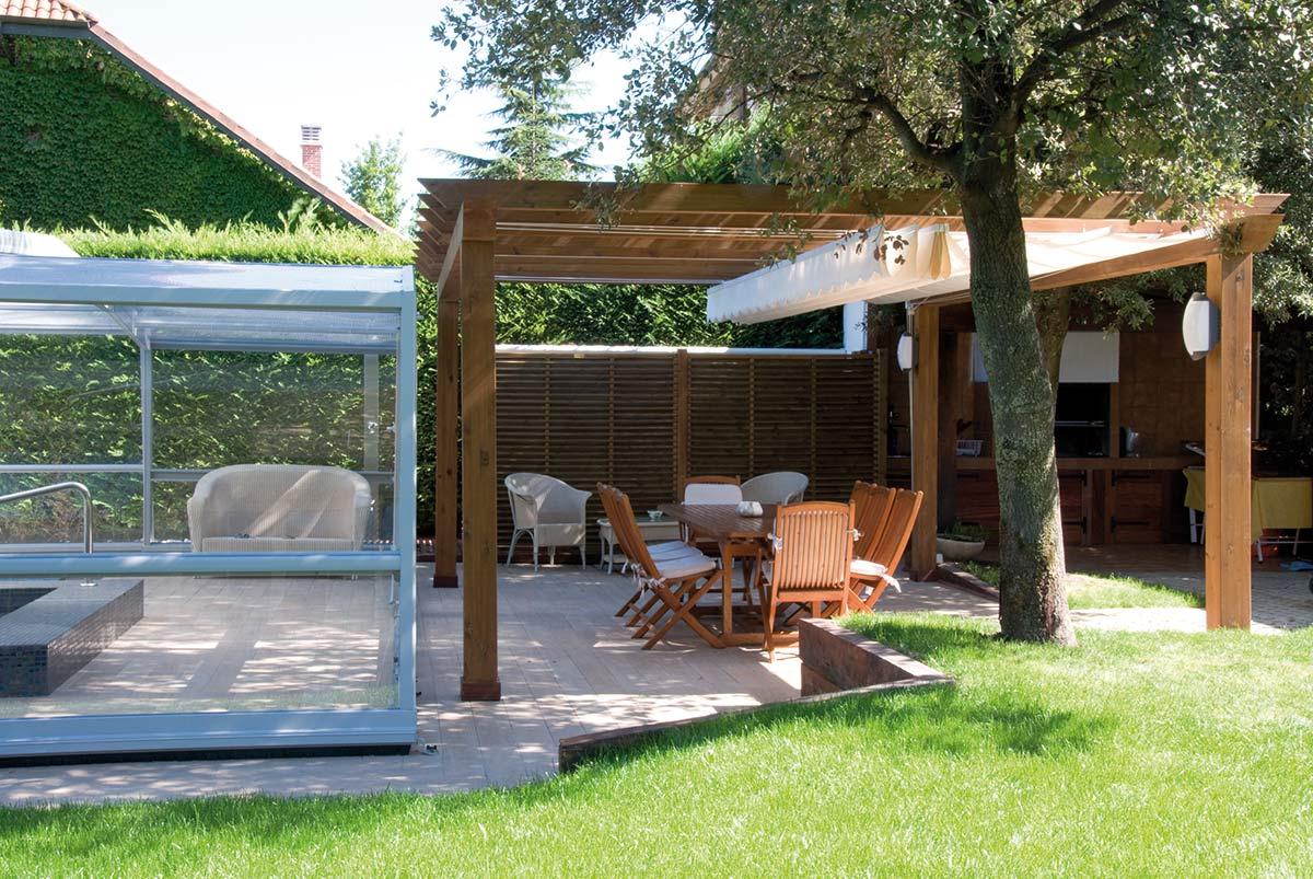 jardin-pergola-madera-toldo-1