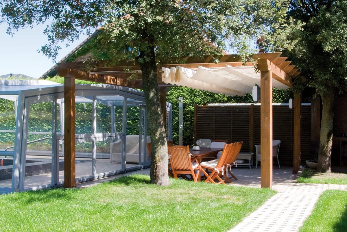 jardin-pergola-madera-toldo
