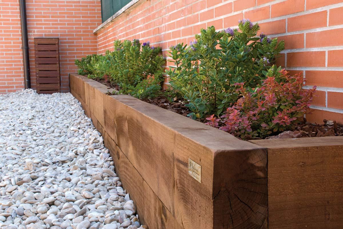 jardinera de traviesas de madera