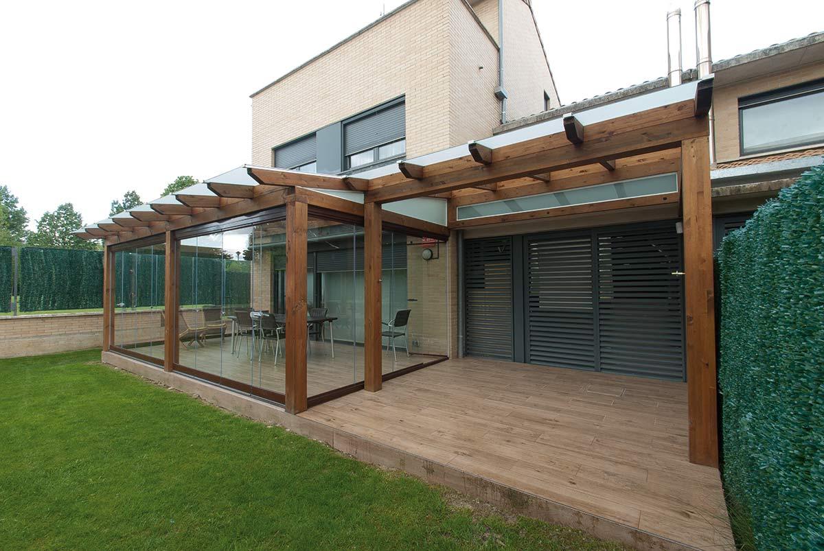 Cortinas para porches de jardin for Cerramientos para jardines