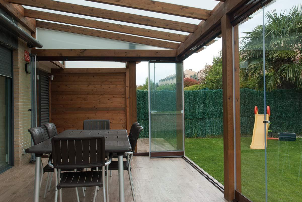 porche-jardin-cerramiento-cortinas-cristal-lumon-6