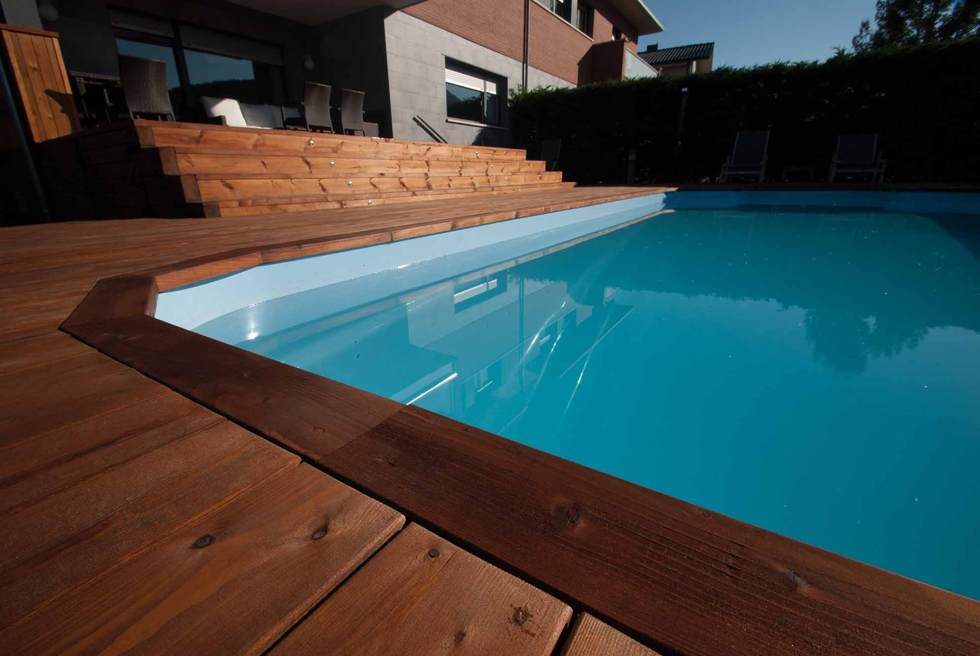tarima-piscina-jardin-pino-nordico-7