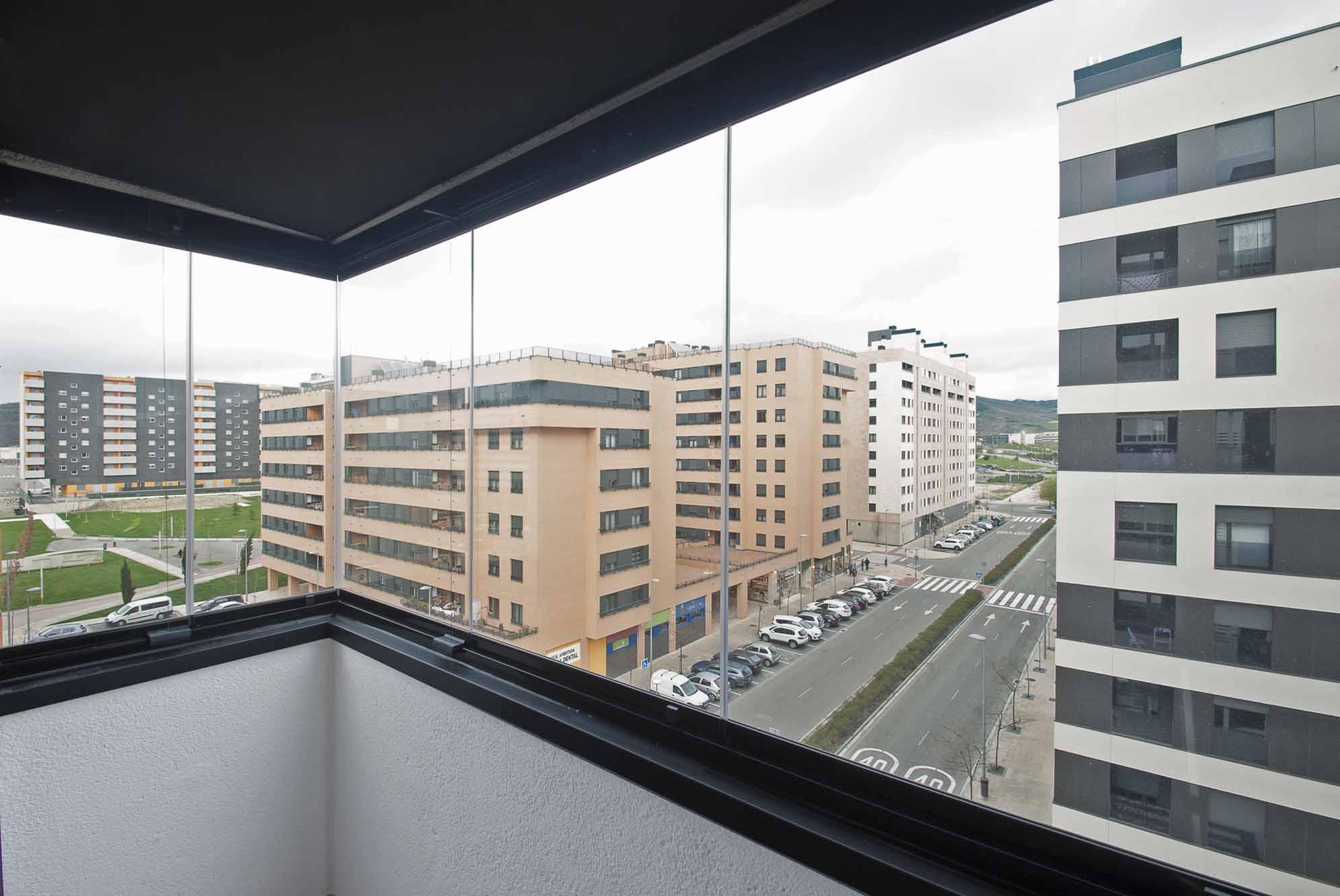cerramiento-cristal-balcon-cortinas-cristal-lumon-3