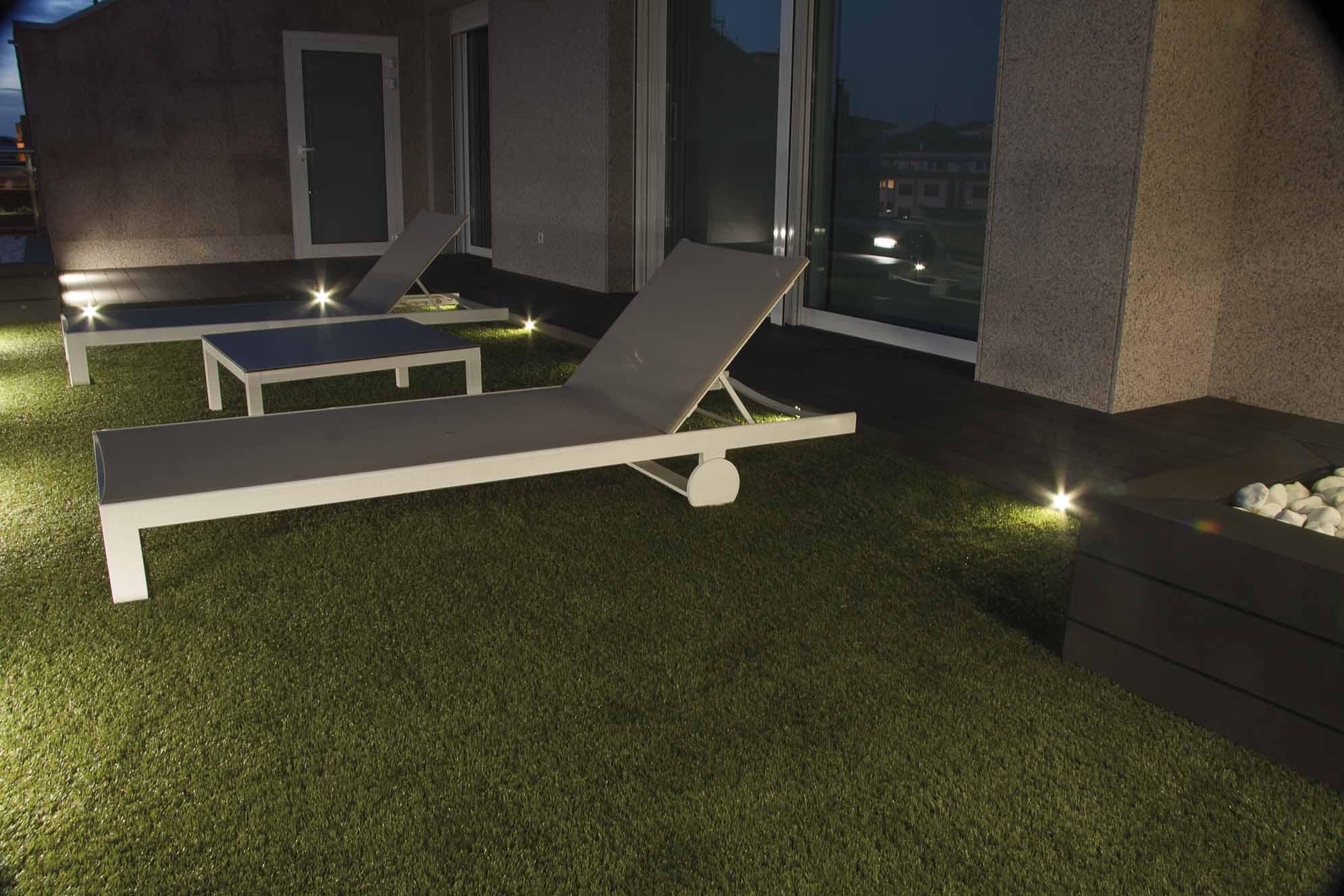 iluminacion-jardin-atico-pamplona-1
