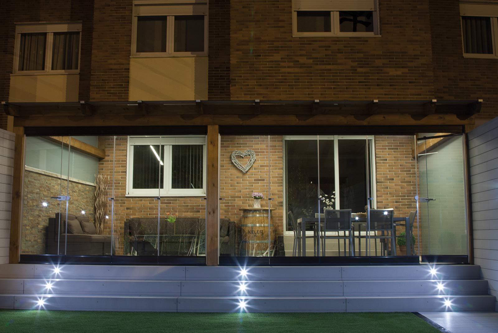 iluminacion-jardin-noche-3