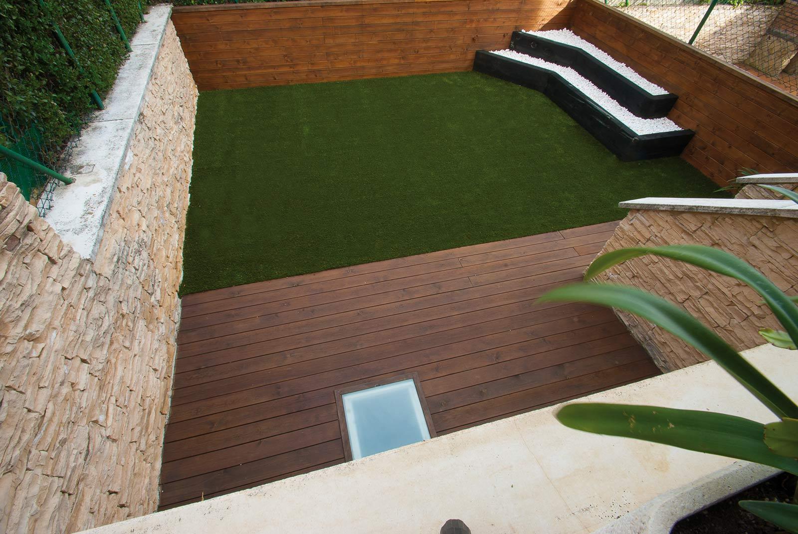 jardin-cespe-artificial-tarima-traviesas-1