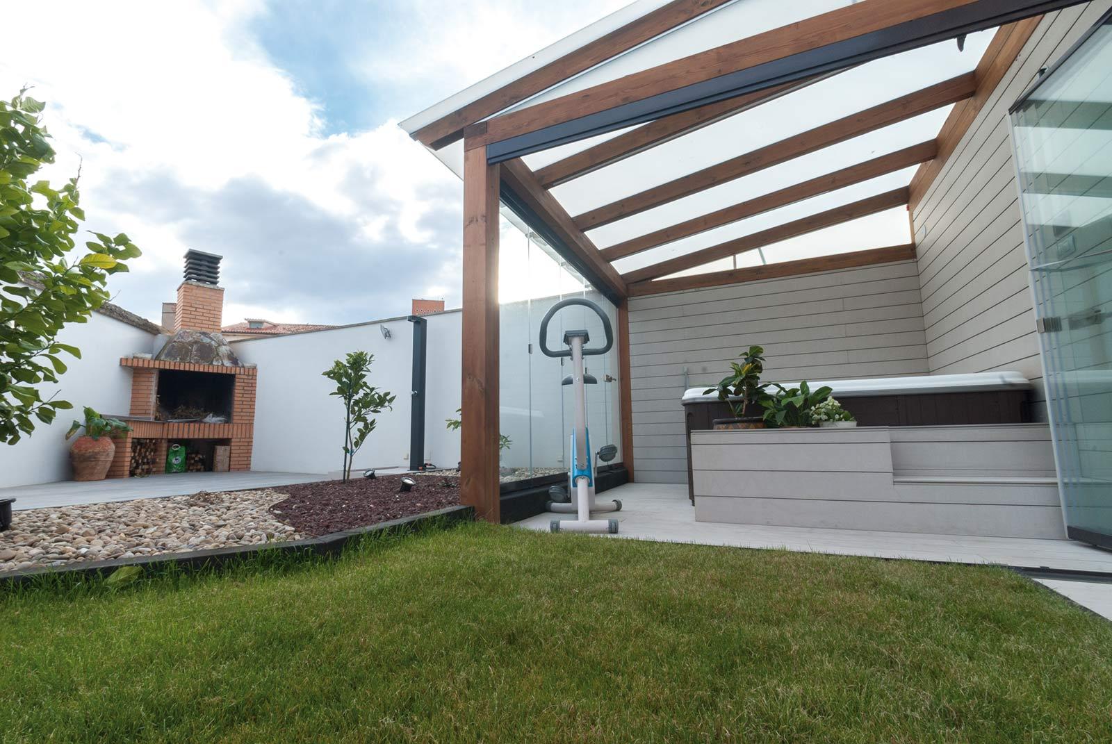 jardin-jacuzzi-porche10