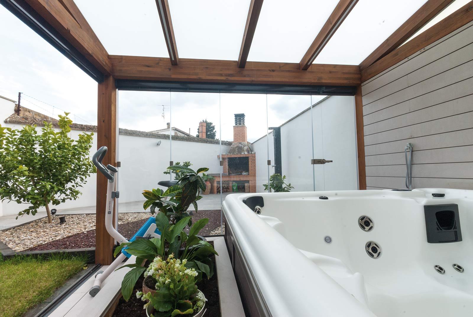 jardin-jacuzzi-porche12