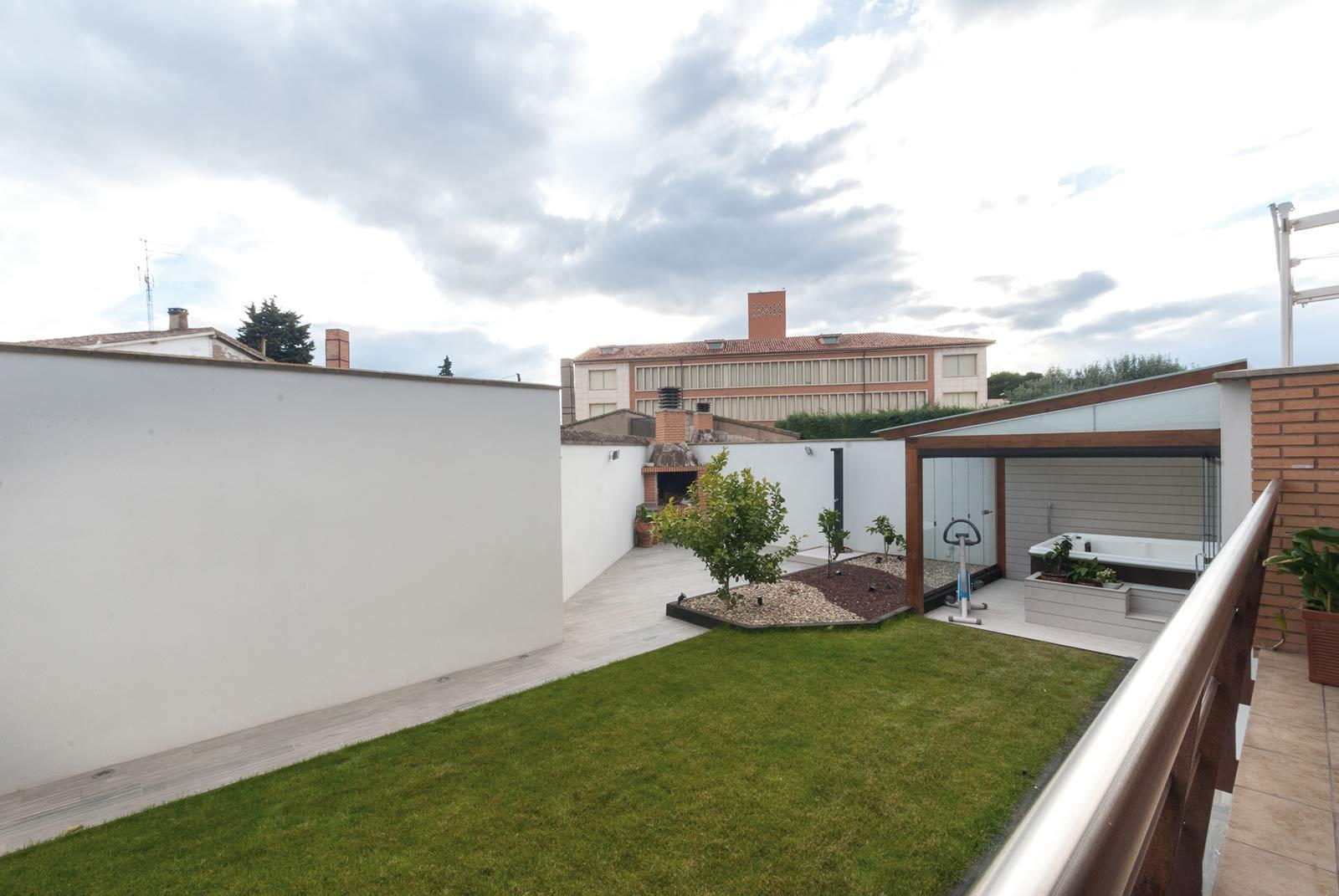 jardin-jacuzzi-porche15