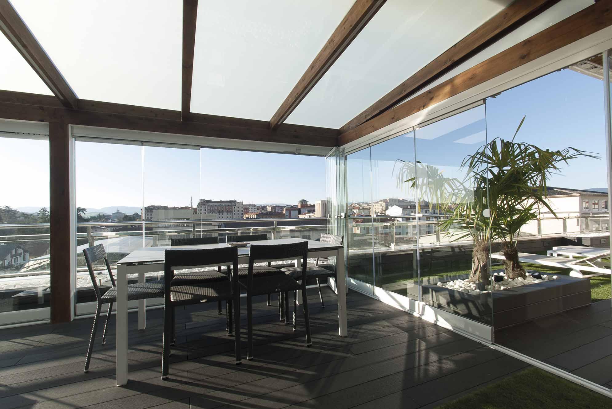 Cerramientos De Cristal Y Ventanas Para Porches De Jardín