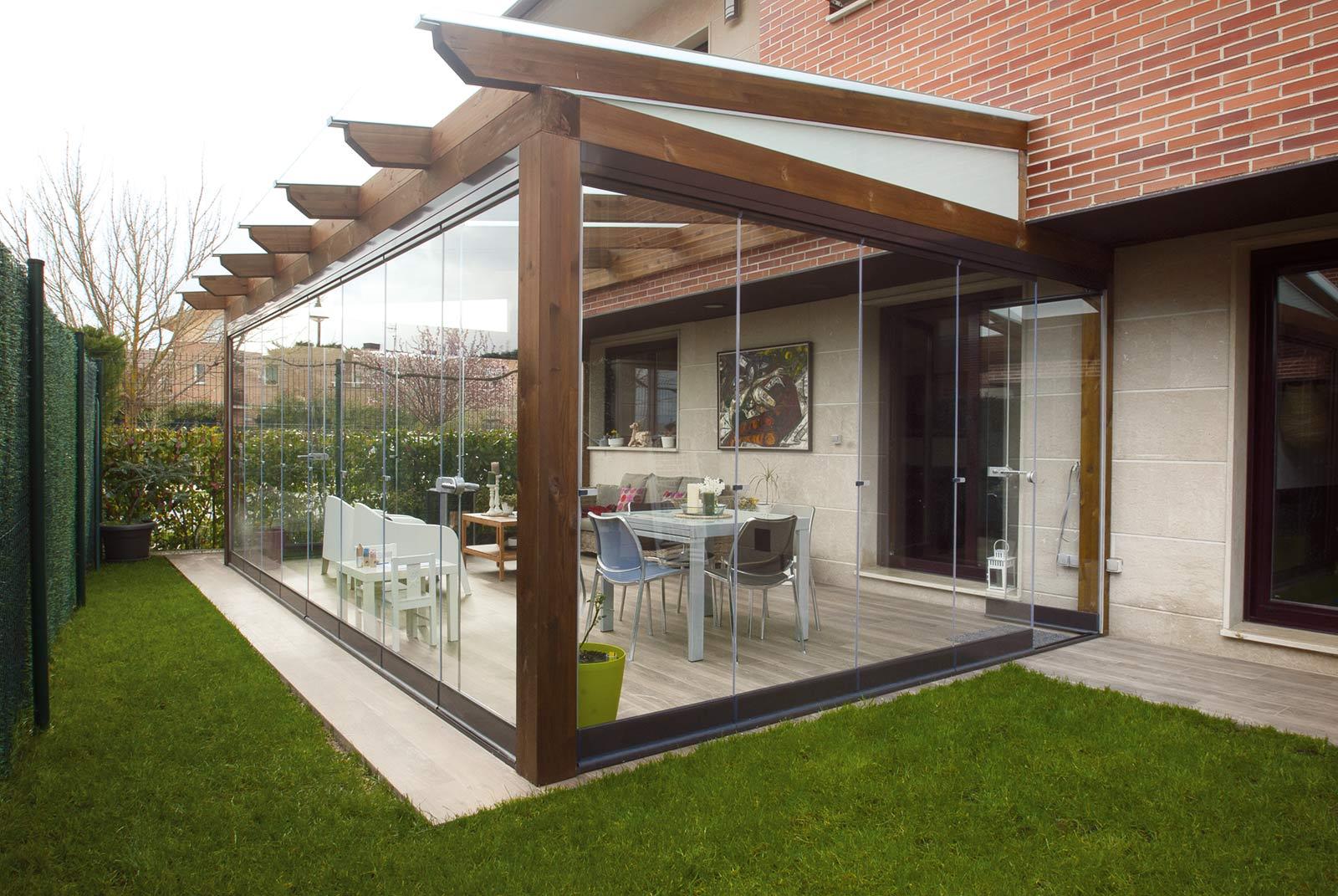 porche-jardin-madera-cristal-lumon-cerrado-abierto-7