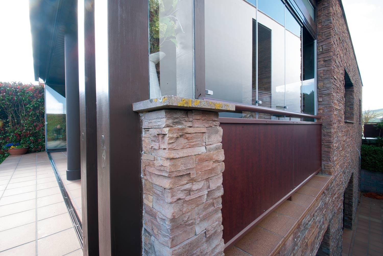 porche-madera-aluminio-cristal-lumon-navarra-8