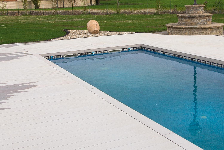 tarima-exterior-piscina-jardin-aridos-6