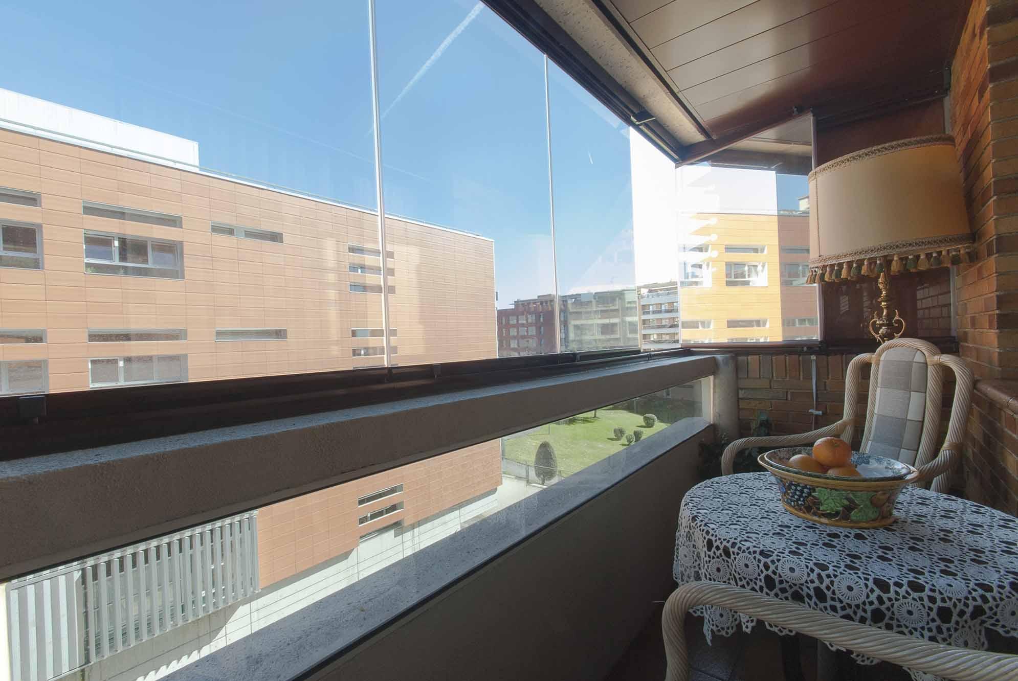 Vidrios para balcones top vidrios para cierre de terrazas - Cerrar balcon ...