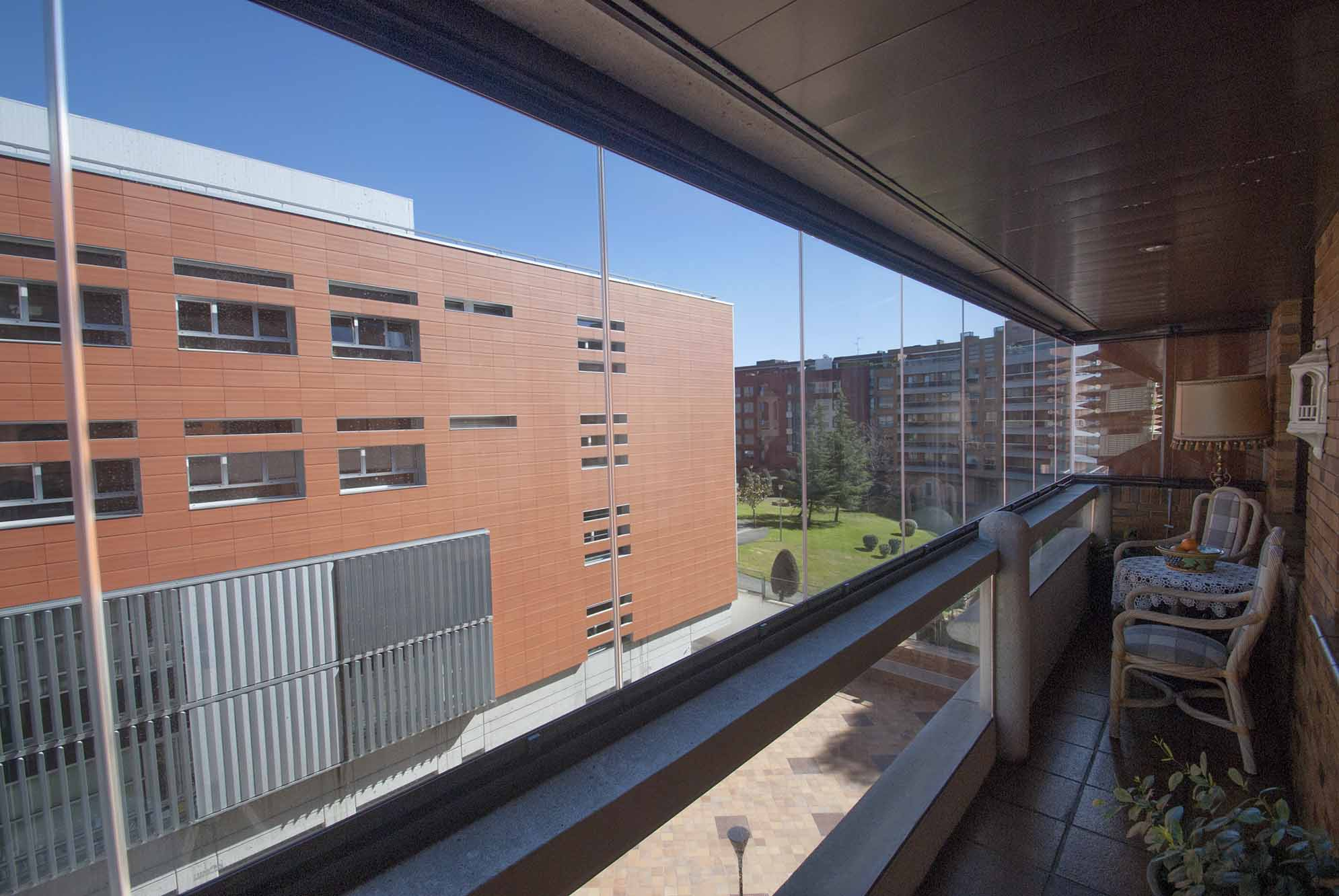 terraza-balcon-cerramiento-cortinas-cristal-lumon-5